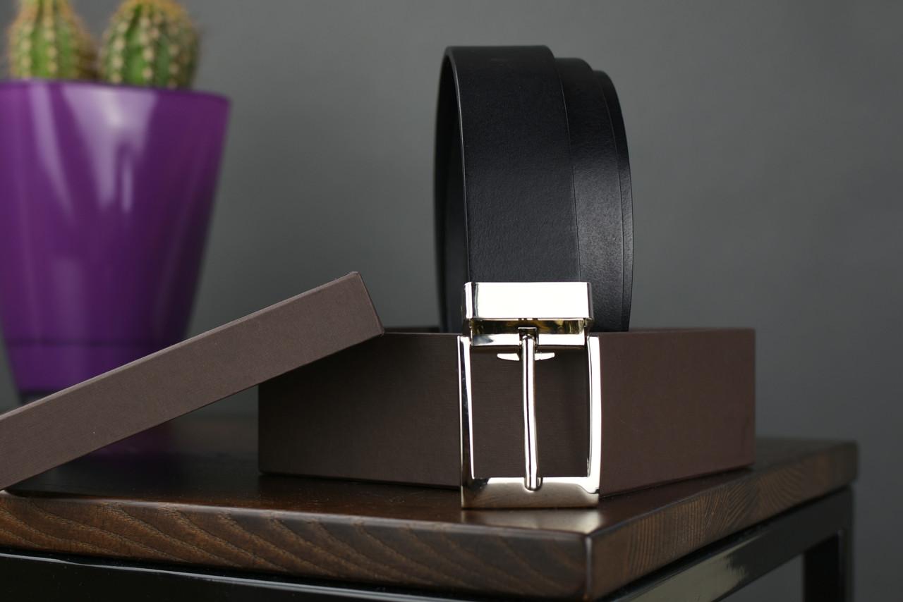 Мужской брючный кожаный ремень черного цвета размер l