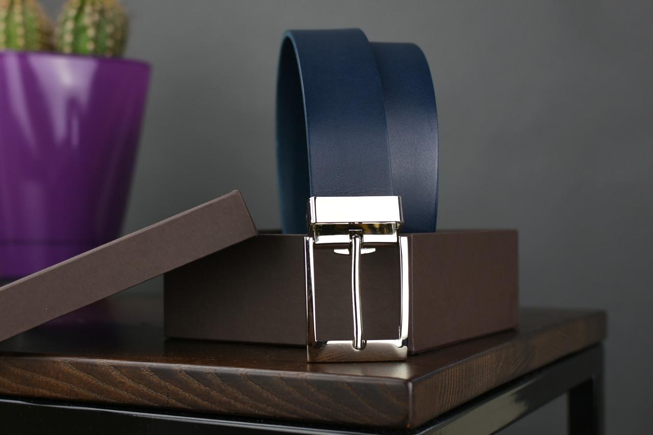 Мужской брючный кожаный ремень синий цвета размер m