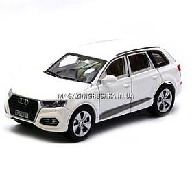 Машинка ігрова автопром «Audi Q7» джип, метал, 18 см, білий, світло, звук, двері відкриваються (7689)