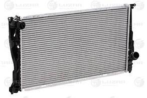 Радиатор охлаждения BMW 3 (E90/E91) (06-) D LRc 26103 LUZAR17117788903 17117788903 17117790297 17117790297 8M