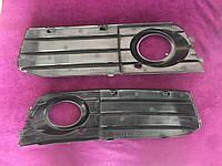 Заглушка (решетка) противотуманных фар бампера переднего левая+правая VAG