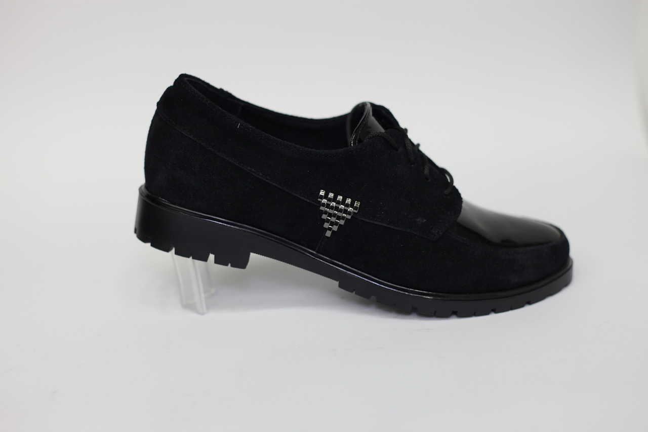 Туфли женские низкий ход, комбинированные: замша+лак.