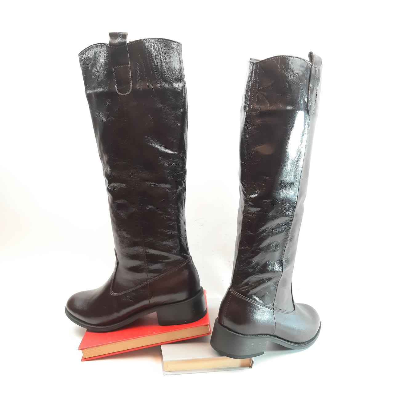 Супер стильні жіночі чоботи труби без змійок з натурального коричневого рабату.