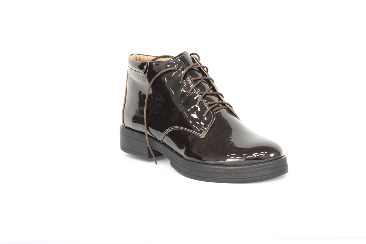 Ботинки женские из лакированной кожи на шнуровке 36