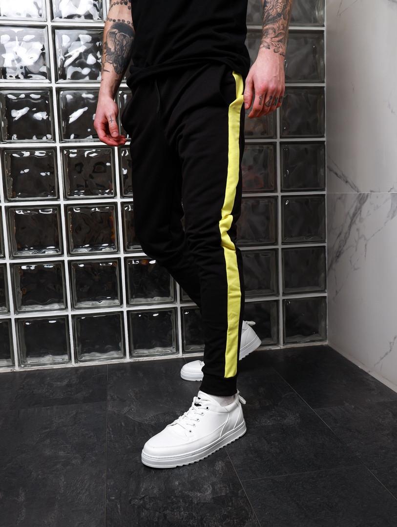 Модные мужские спортивные штаны