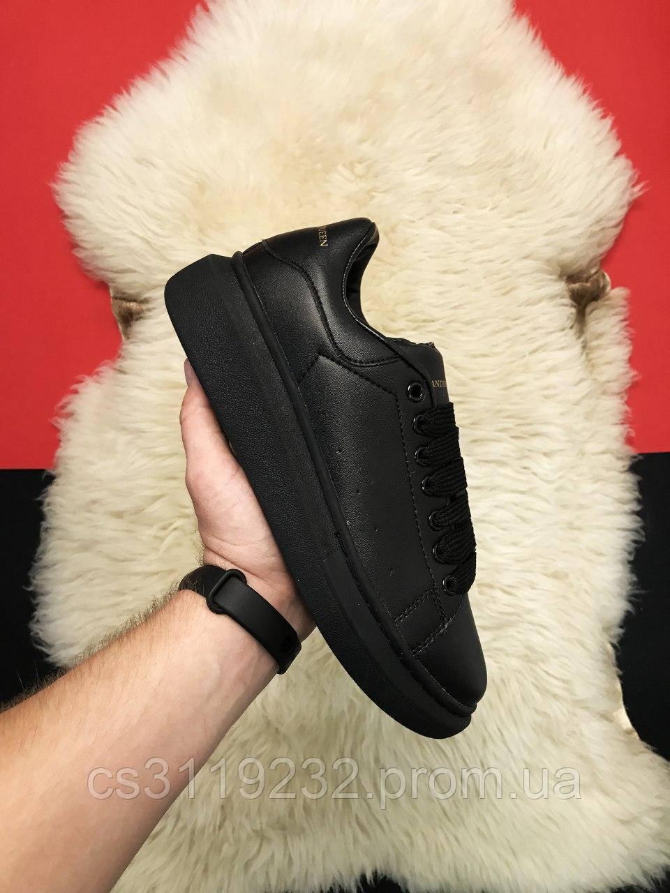 Женские кроссовки Triple Black (черные)
