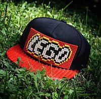 Детская кепка-конструктор для Lego черная с красным козырьком