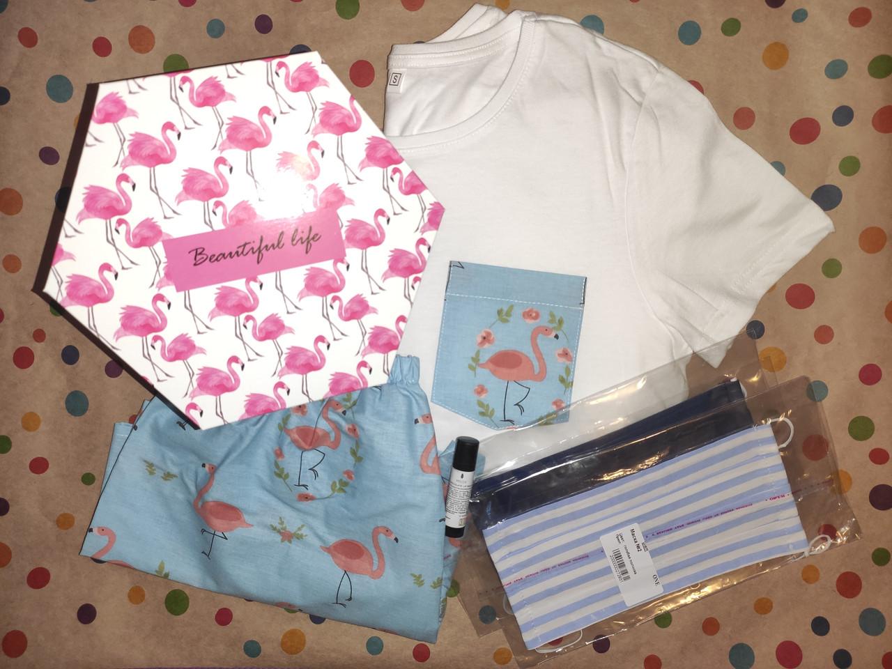 Подарунковий жіночий набір з піжамою і приємностями в коробці №4