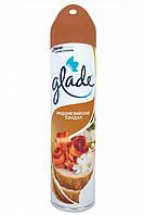 Освежитель воздуха Glade аэрозоль Индонезийский сандал, 300мл