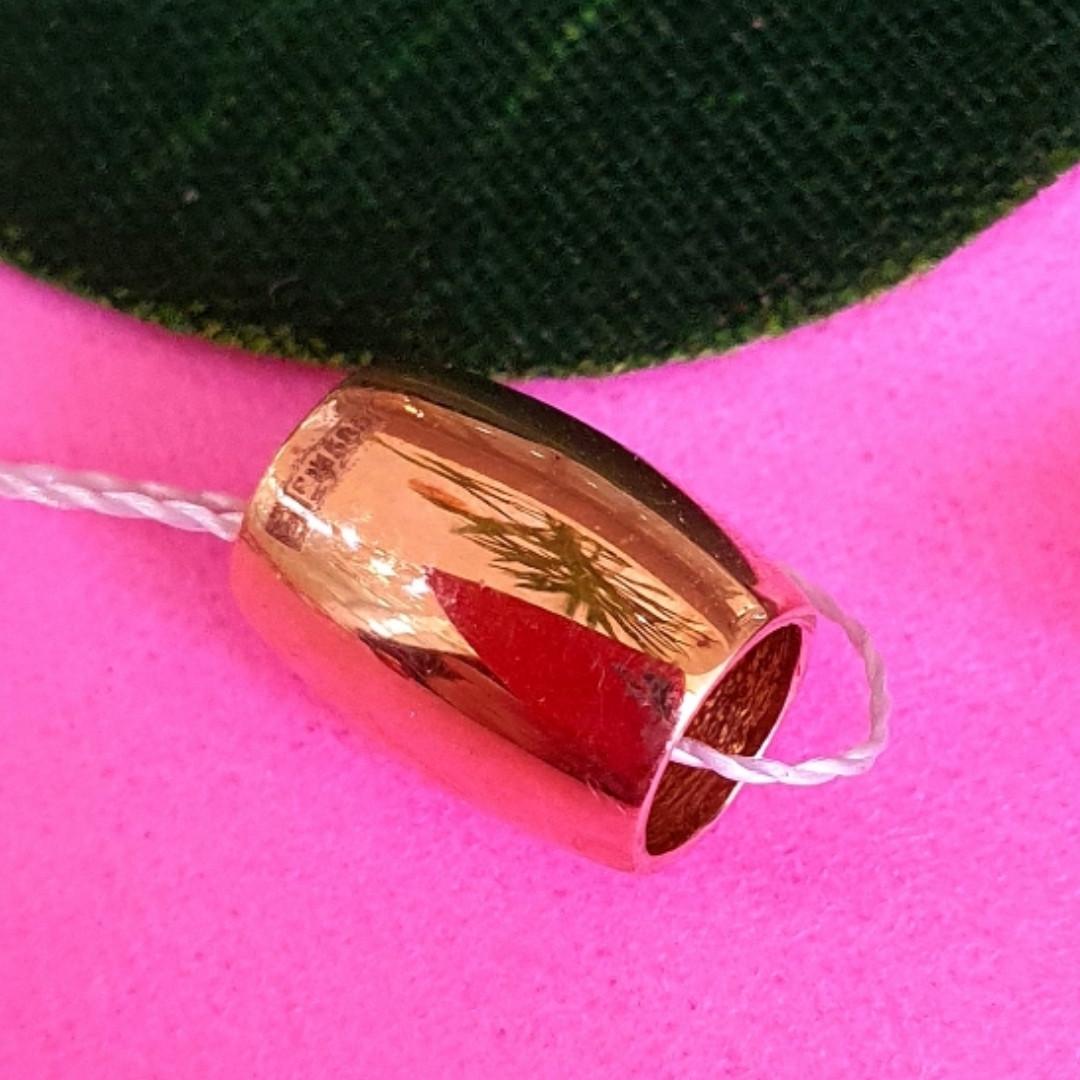 Золотой кулон без камней  - Золотая бусина шарм на цепочку - Золотой боченок подвеска