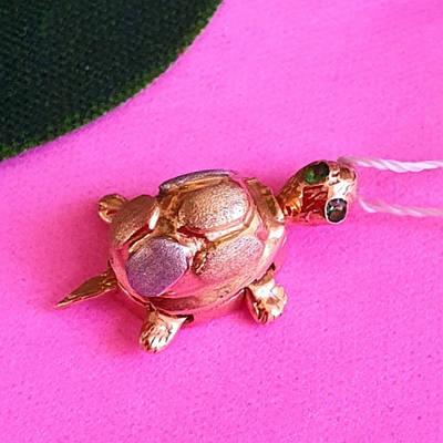 Золотой кулон Черепашка с двигающимися лапками, хвостиком и головой - Подвеска Черепаха из золота