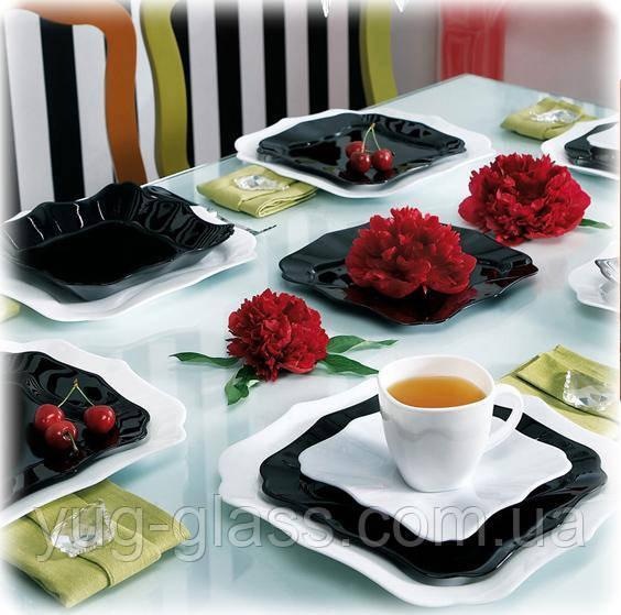 Сервиз столовый черно белый