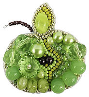 Брошь из бисера зеленое яблоко