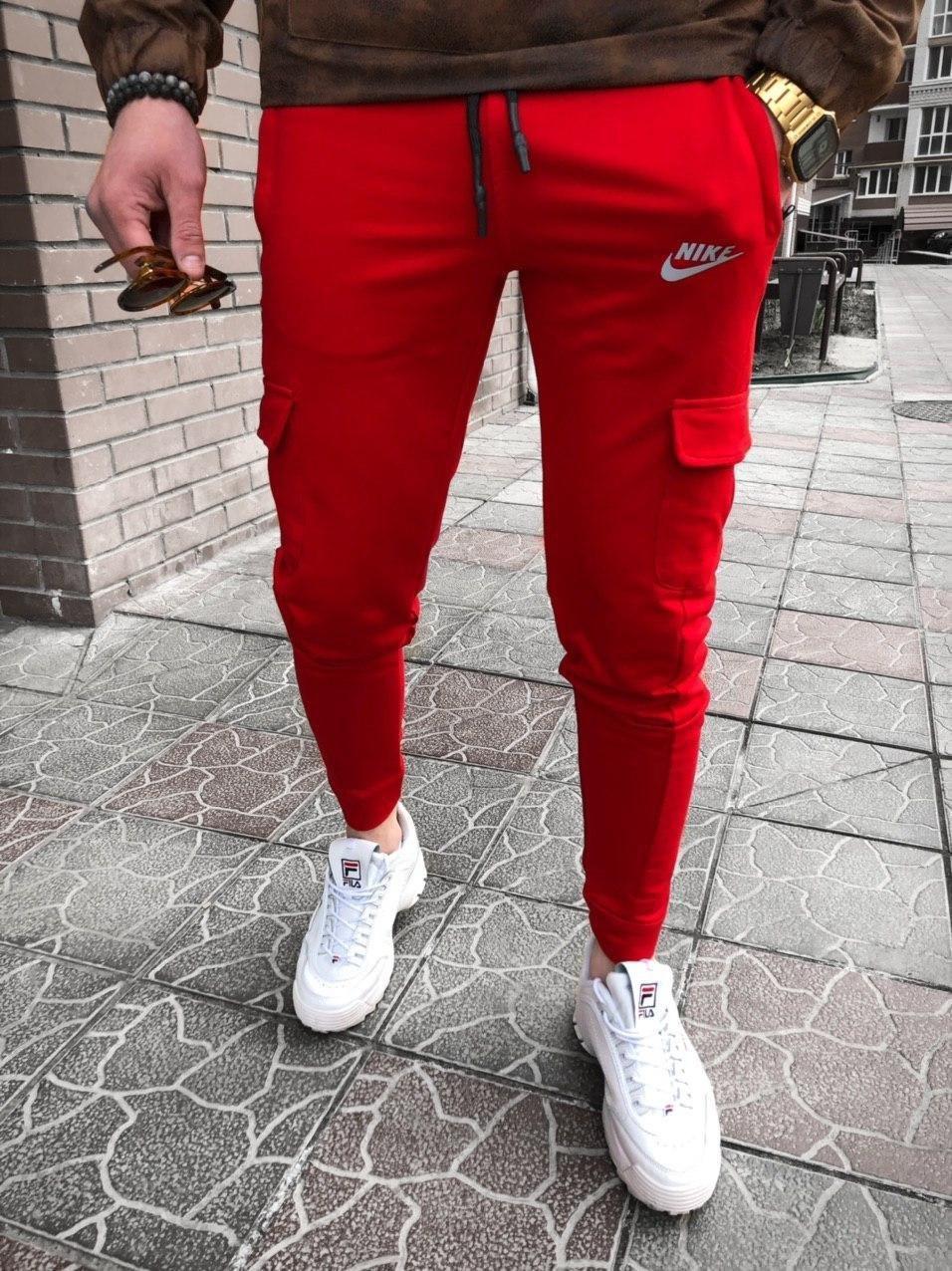Красные штаны nike