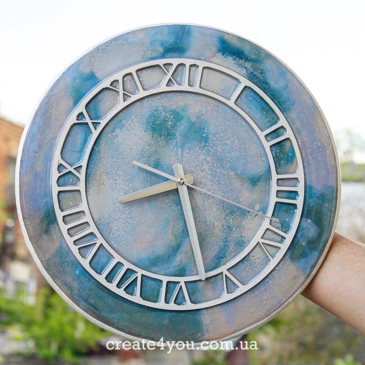 Годинник настінний з епоксидною заливкою