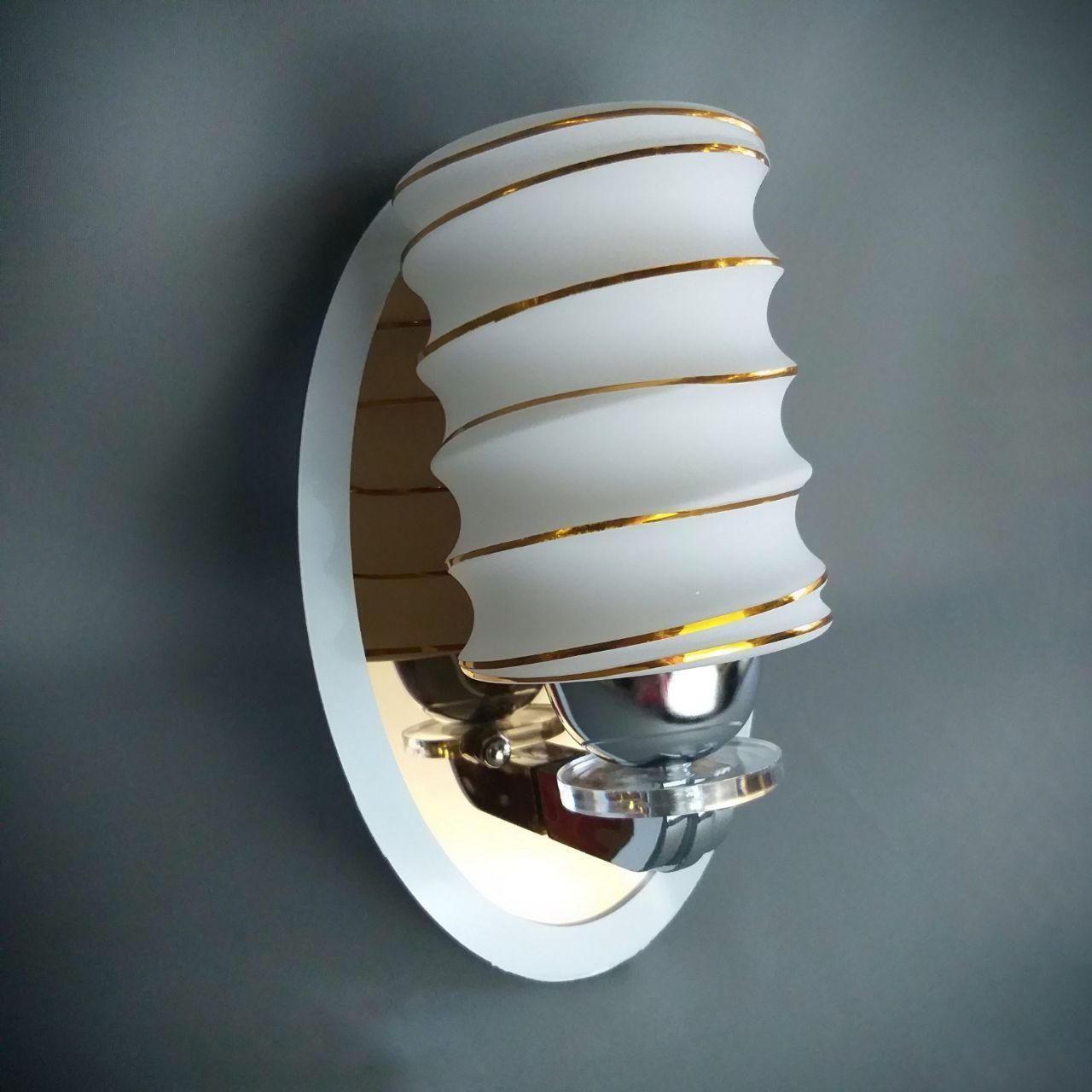 Бра на одну лампу 8103/1W