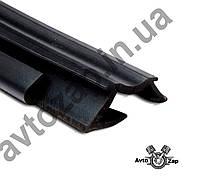 Уплотнитель опускного стекла задней двери ВАЗ 2110, 2112 верхний прав.  07636
