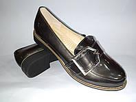 Туфли женские на низком ходу в графитовом цвете лаковые эко кожа