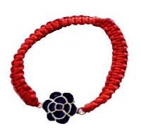 Браслет-амулет красная нитка цветок