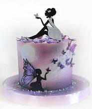 Топпер ніжна сидить дівчина на торт з метеликом на долоні, топер сидить дівчина чорна