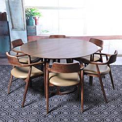 Круглый деревянный стол. Модель 2-423