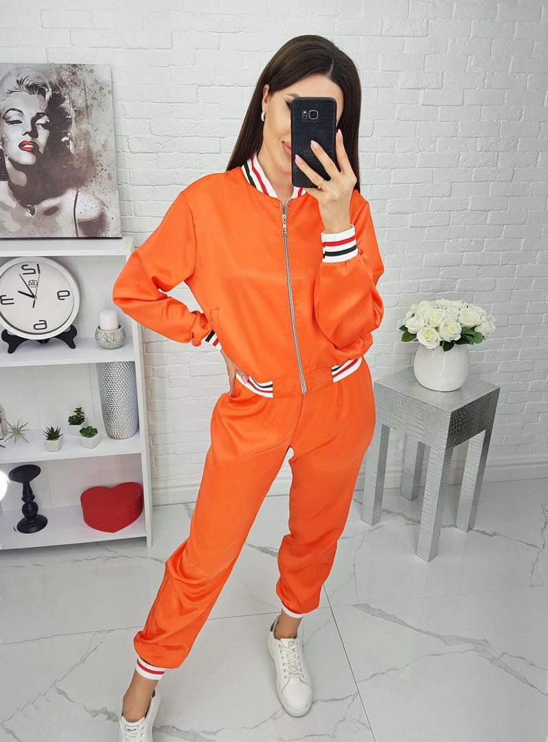 Женский стильный атласный костюм,оранжевого цвета