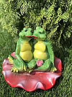 Фигура садовая гипсовая Жабы на лотосе, 21 на 25 см