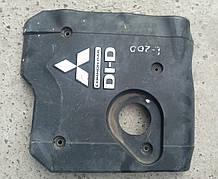 Декоративная крышка двигателя Mitsubishi L200 Pajero Sport 2.5TD MN171914