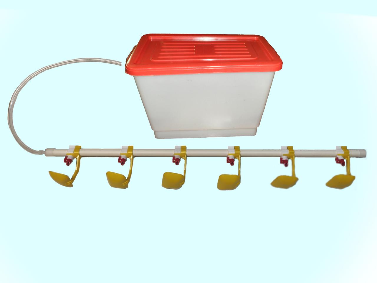 Комплект ниппельного поения для утки с баком. Ниппельные поилки