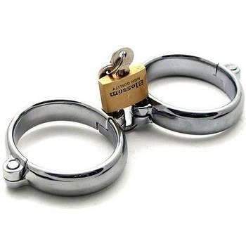 Жіночі сталеві наручники