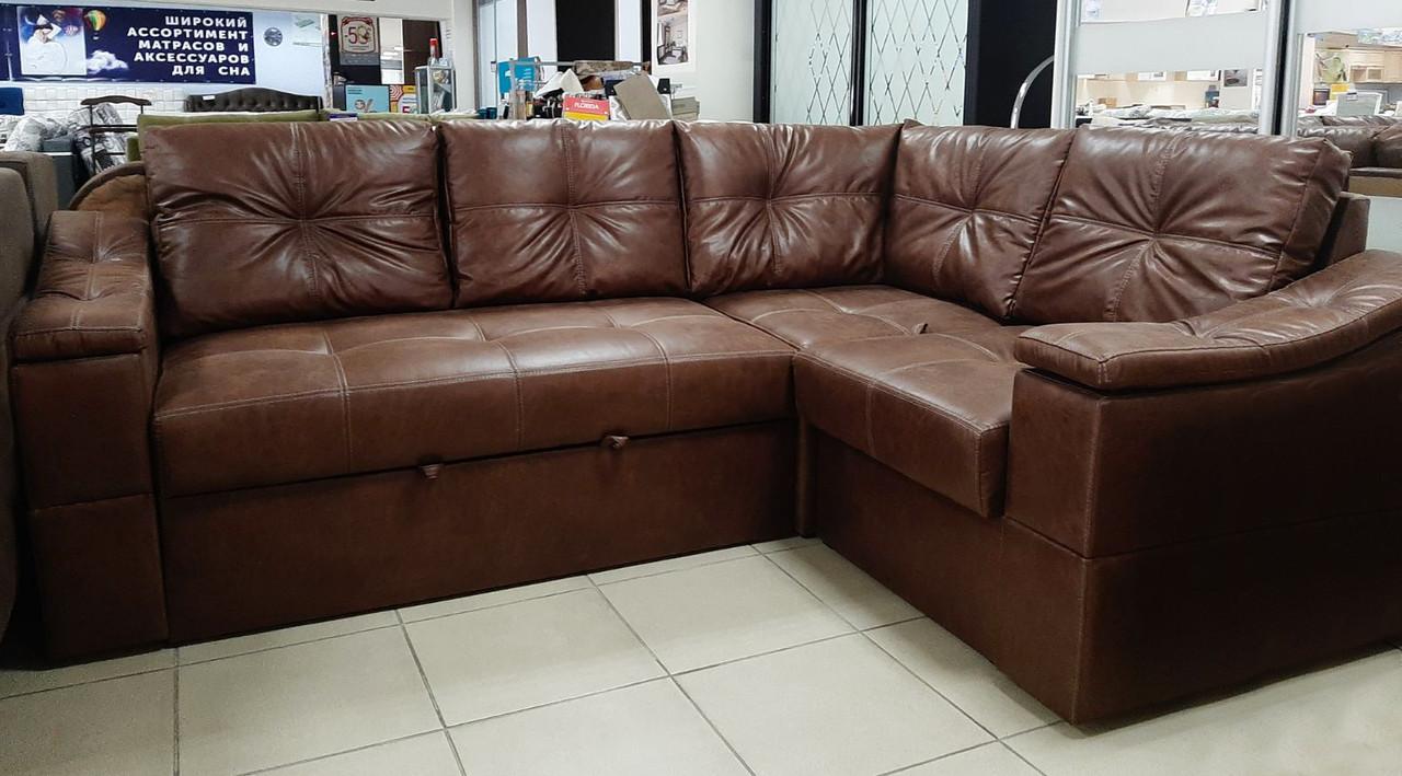 Кутовий диван з нішами для білизни