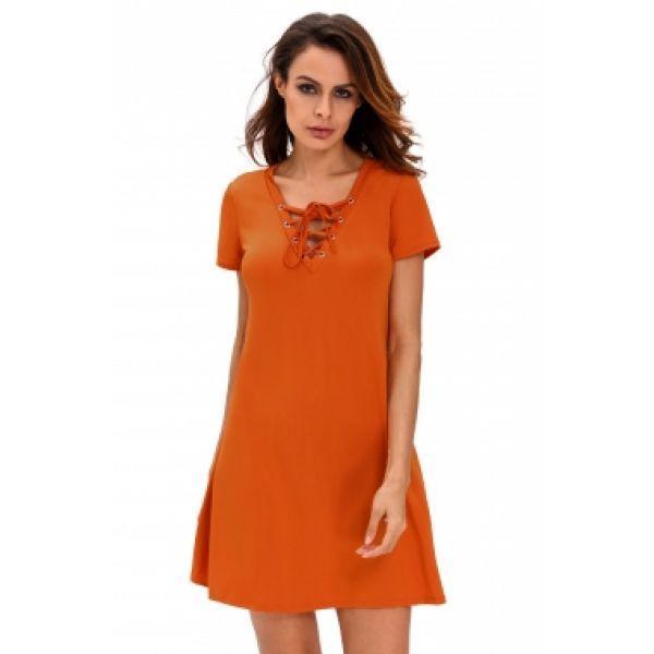 Оранжевое платье в стиле кежуал
