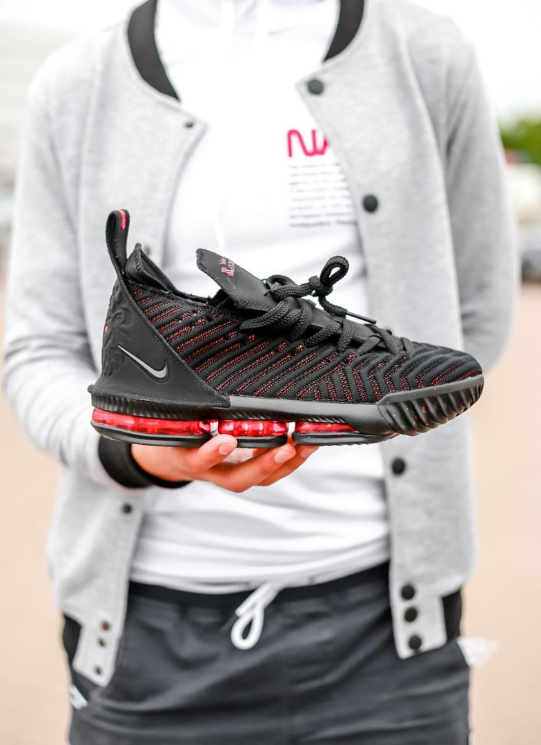 Кроссовки Nike Lebron 16 Fresh Bred / Найк Леброн 16