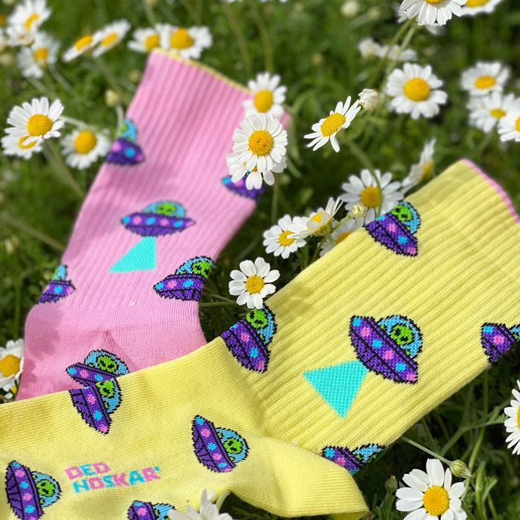 """Шкарпетки з високоякісної бавовни з оригінальним принтом """"Прибульці"""""""