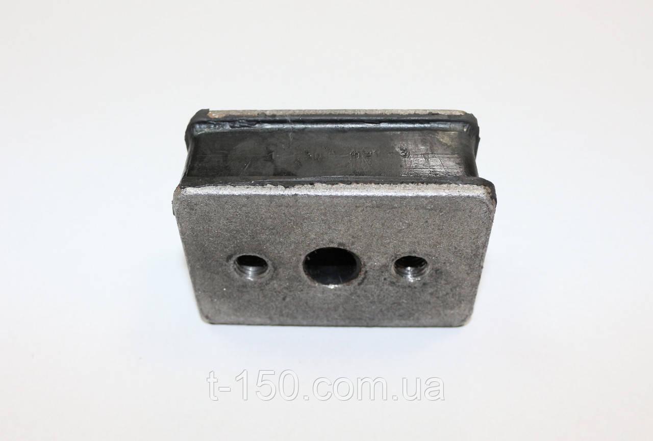 Подушка двигателя ХТЗ (боковая) (120.00.021-3)
