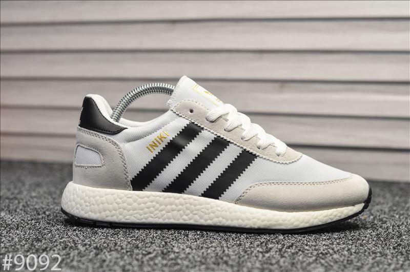 Мужские кроссовки Adidas Iniki White. [Размеры в наличии: 44,45]