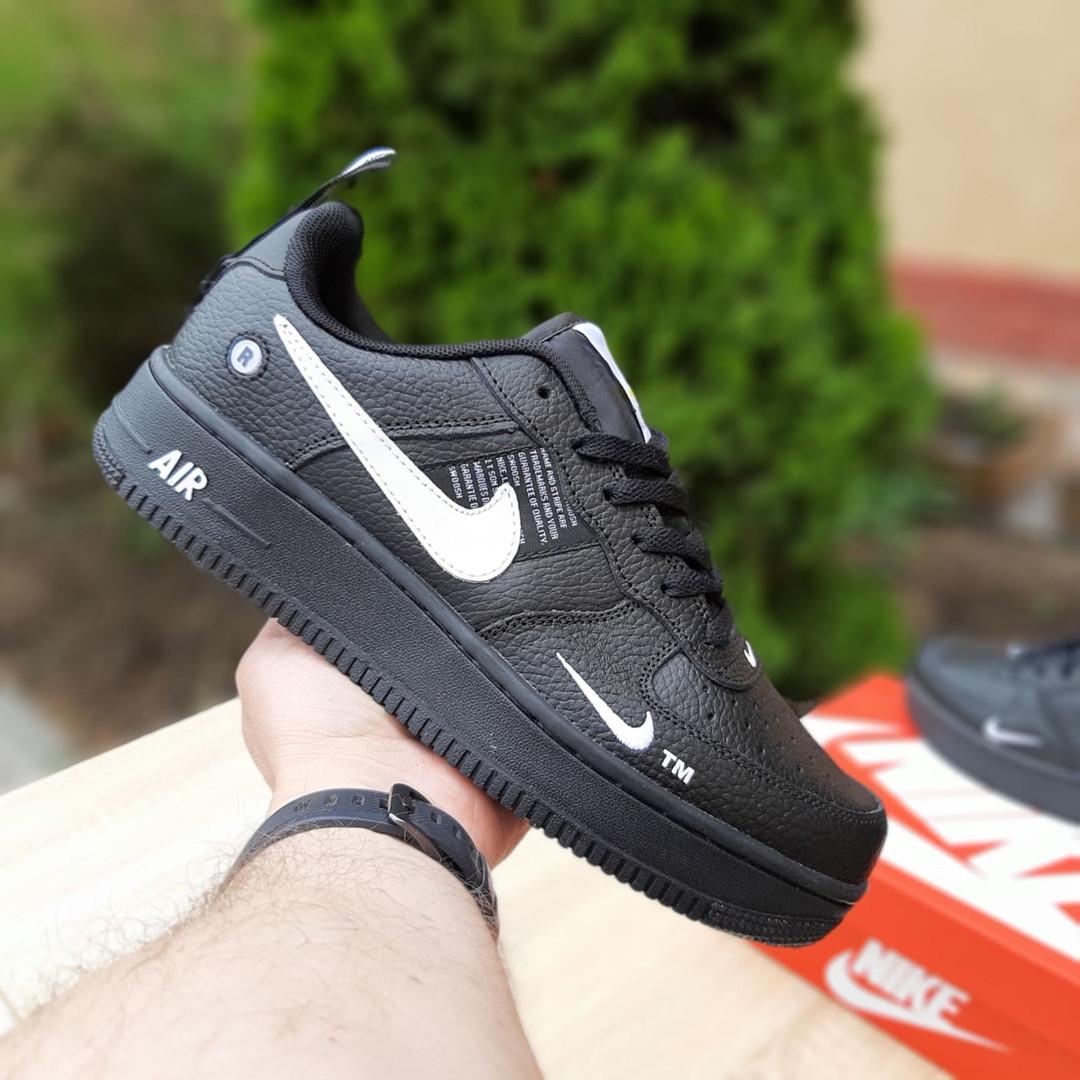 Мужские кроссовки Nike Air Force LV8 (черные) 10166