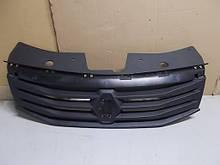 Решетка радиатора Renault Logan (Original 8200798524)