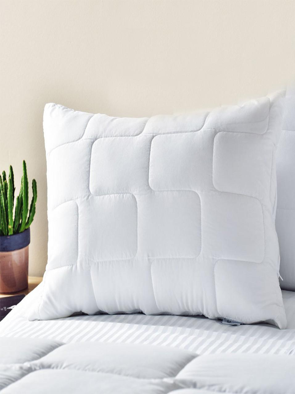 Подушка  70х70, стеганый чехол на молнии + внутренняя подушка