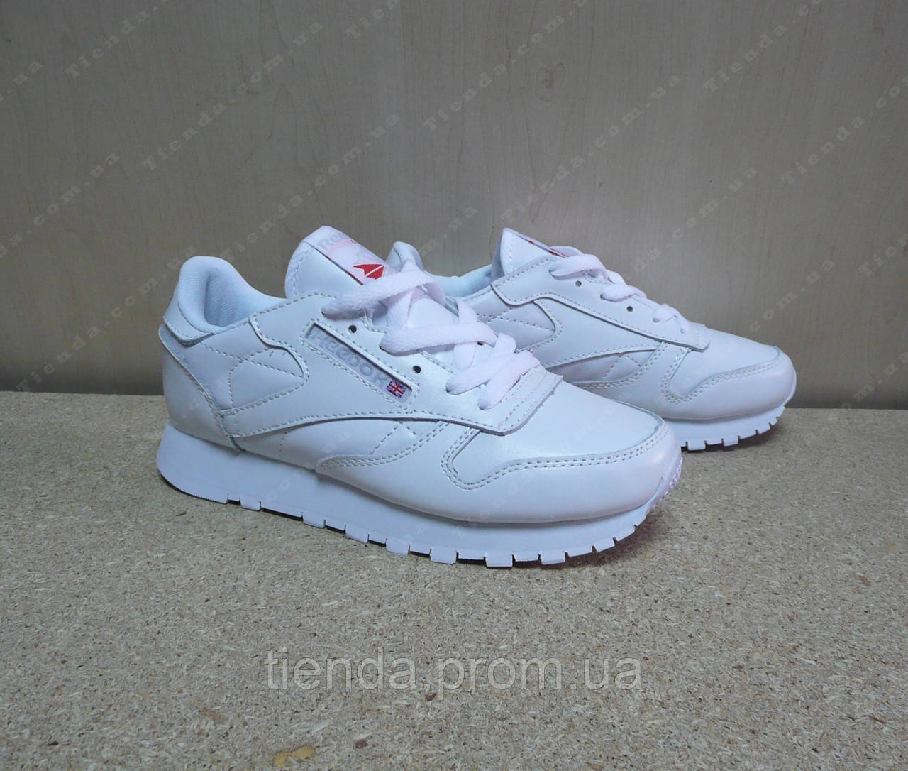 3ebcbd32282e21 Женские Кроссовки Reebok Classic Leather белые: продажа, цена в ...