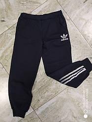 Трикотажные спортивные штаны   на  мальчика 140 см