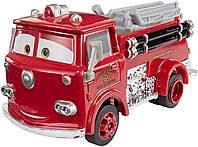 Disney/Pixar Тачки 3 Deluxe: Ред Пожарная машина FJJ00 (Disney Pixar Cars Deluxe Red) от Disney, фото 1