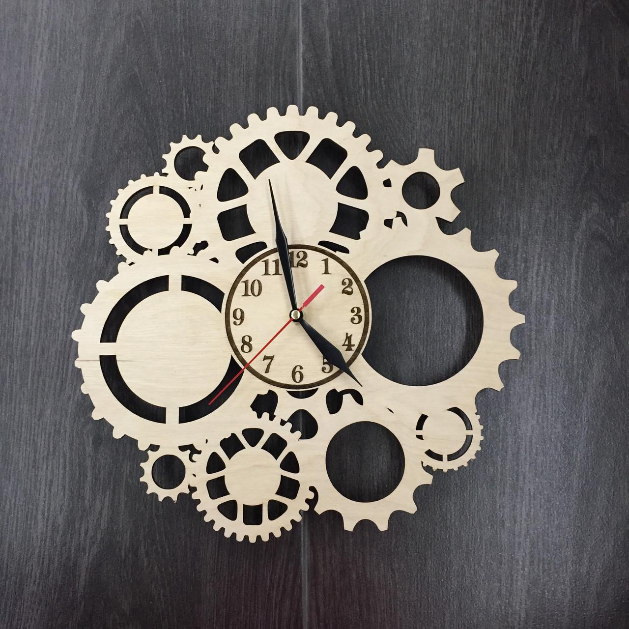 Настенные часы «Скелетон»