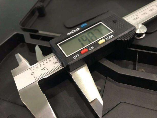 Цифровой штангенциркуль Digital caliper 150мм с кейсом