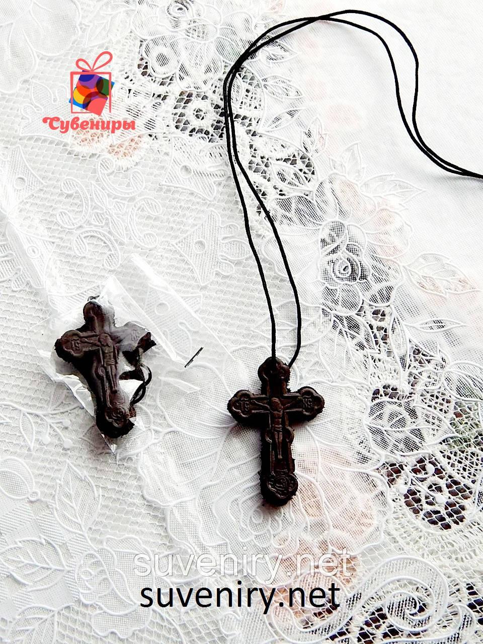 Кожаный нательный крестик