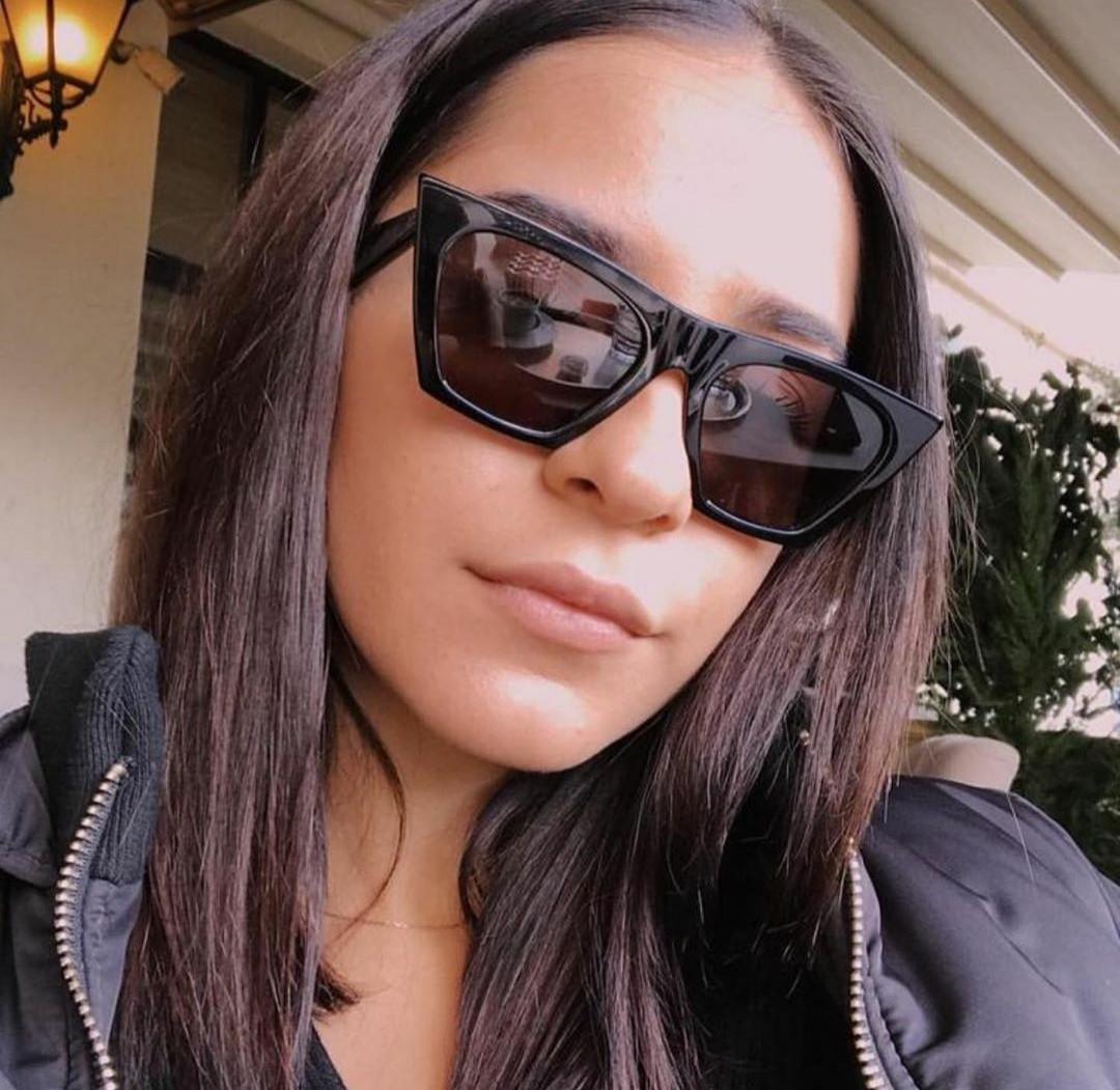 Солнцезащитные очки с острым углом vN7928