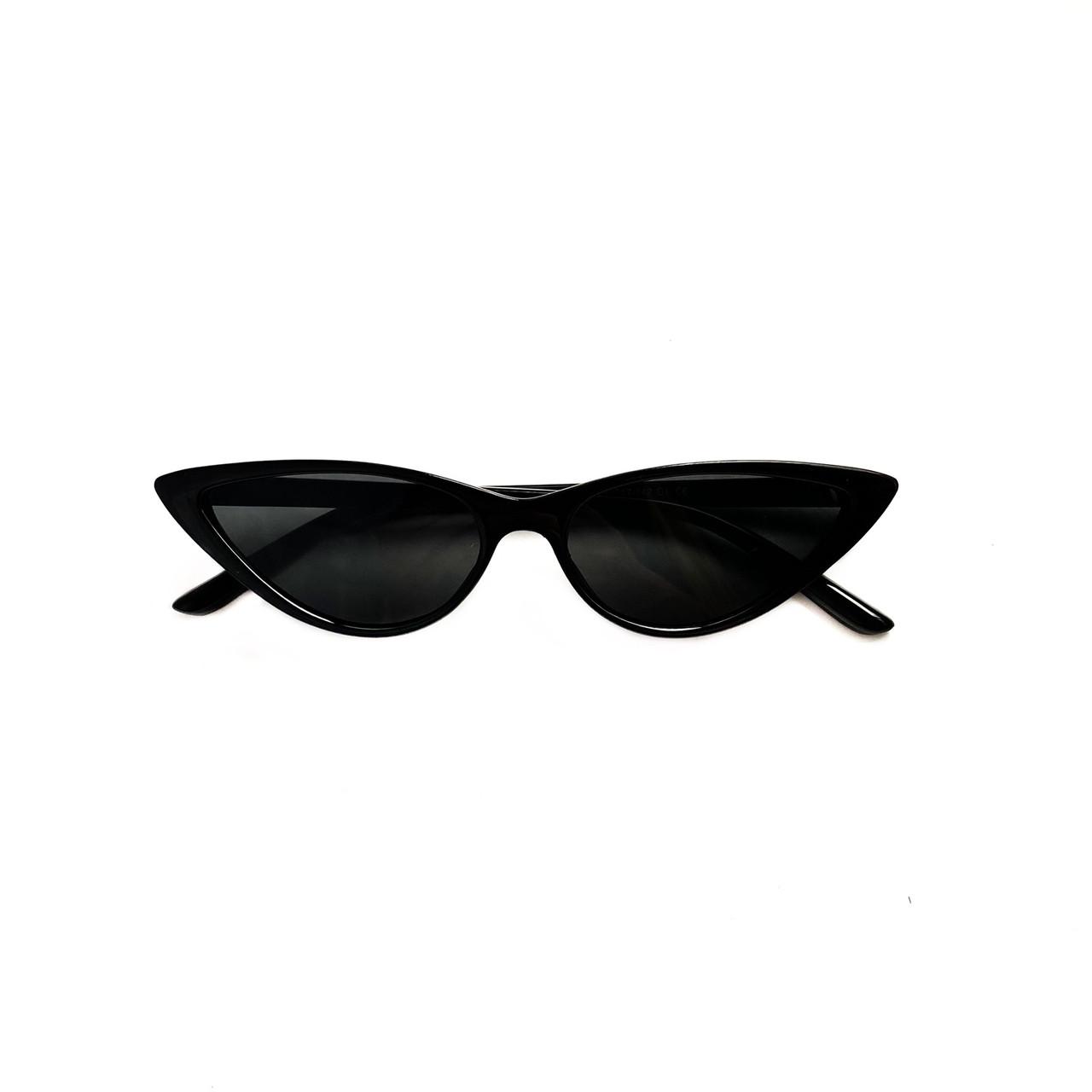 Имиджевые солнцезащитные очки черные кошечки vN7938
