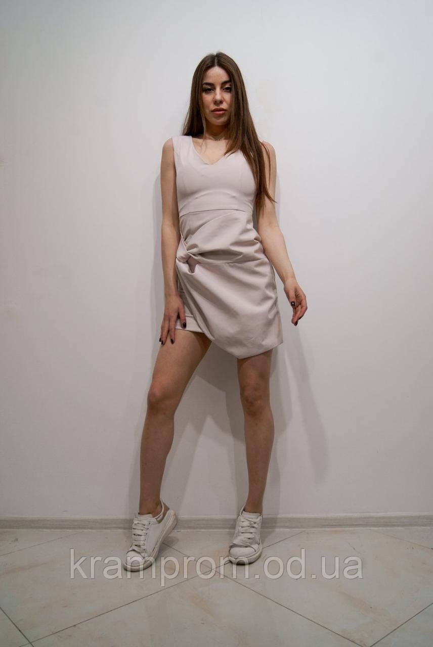 Женское стильное короткое платье пудра