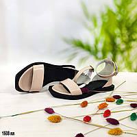 Лаковые босоножки без каблука цвет пудра, фото 1