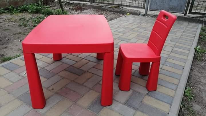 Набор детский стол- трансформер и стульчик